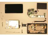 Bild: Die FCC hat das Nokia N9 auseinandergenommen - die Bilder sind online einsehbar.