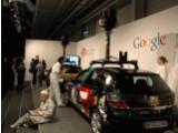 Bild: Googles Street View-Autos auf der CeBIT 2010.