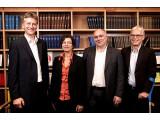 Bild: Das Gründungsteam besteht aus Prof. Thomas Schildhauer, Dr. Jeanette Hofmann, Dr. Wolfgang Schulz und Prof. Ingolf Pernice