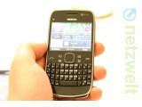 Bild: Das Nokia E6 bietet einen vergleichsweise hochauflösenden Touchscreen.