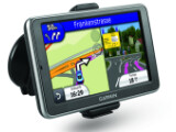Bild: Das nüvi 2460LMT ist eines der drei neuen Garmin-Modelle mit lebenslangem Kartenupdate und Premium-Verkehrsfunk.