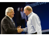 Bild: RIM-Präsident Mike Lazaridis und Microsoft-Chef Steve Ballmer auf der BlackBerry World.