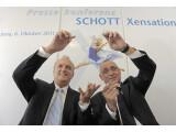 Bild: Schott hat ein besonders hartes Glas für Touchscreens präsentiert.