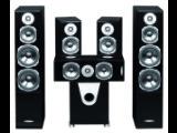 Bild: Schwarze Hochglanzfront, etwas pummelige Statur: Wer auf extrem schlanke Lautsprecher steht, liegt beim Rhodium-Set falsch.