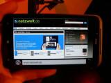 Bild: Smartphones mit dem Betriebssystem Windows Phone, wie das abgebildete HTC Titan, sind offenbar von einer Denial-of-Service-Attacke betroffen.