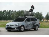 Bild: Ein Spezial-Fahrzeug von Navteq nimmt Bilder für Microsofts Straßenansicht-Dienst Bing Maps Streetside auf.