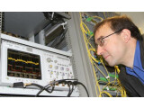 Bild: Ein Team um den Professor Jürg Leuthold entwickelte das Verfahren.