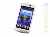 Bild: Mit dem Xperia Neo präsentiert Sony Ericsson ein vergleichsweise günstiges aber leistungsstarkes Multimedia-Handy.