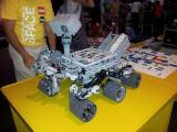 Bild: Besteht aus weit über 1.000 Einzelteilen: Mars-Roboter Curiosity aus Lego.