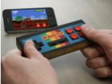 Bild: Der iCade 8-Bitty holt das Gaming-Feeling früherer Zeiten zurück.