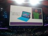 Bild: Kostenlose Surface-Tablets für alle: Steve Ballmer dürfte sich mit dieser Aktion auf der alljährigen Mitarbeiterversammlung viele Freunde gemacht haben.