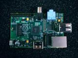 Bild: Der Raspberry Pi ist nun in großer Stückzahl erhältlich.