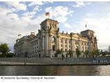 Bild: Das Versehen einer Mitarbeiterin löste eine Mailflut im Bundestag aus.