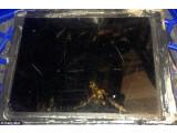 """Bild: Vom betroffenen iPad Air ist nicht mehr viel übrig geblieben. Mitarbeiter der Vodafone-Filiale berichten von einem """"Flammenbündel"""", das aus dem Lightning-Anschluss hervorschoss."""