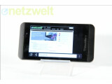 Bild: Das BlackBerry Z10 wird im Preis gesenkt.