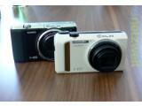 Bild: Casio präsentiert mit der Exilim ZR 700 (links) und der ZR 400 zwei neue Kompaktkameras.