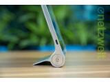 Bild: Was ist denn hier los? Lenovo hat das von den Ultrabooks bekannte Yoga-Prinzip auf einen Tablet-Computer übertragen.