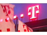 Bild: Die Deutsche Telekom beugt sich ein Stück weit wütenden Protesten ihrer Kunden und hebt die Drosselungsrate deutlich an.