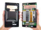 Bild: Die Experten der Seite ifixit.com haben das neue Nexus 7 komplett auseinandergenommen, um es auf die Reparatur-Freundlichkeit hin zu testen.
