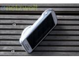 Bild: Das Galaxy S4 Zoom ist ein Mix aus Smartphone und Kompaktkamera.