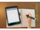 Bild: Der Livescribe 3 Smartpen speichert ein digitales Abbild von handschriftlichen Notizen.