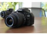 Bild: Nikon D5200 das Einsteiger-Model mit Mittelklasse-Atetüden.