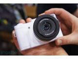 Bild: Polaroid hat auf der CES eine spiegellose Systemkamera mit Android präsentiert.