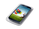 Bild: Für das Samsung Galaxy S4 gibt es nun Zubehör, das die drahtlose Ladefunktion nachrüstet.