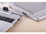 Bild: Diese beiden ziehen sich an: Tastatur und Tablet-PC werden über starke Magneten gekoppelt.