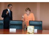 Bild: Bundeskanzlerin Angela Merkel im Gespräch mit US-Präsident Barack Obama im kleinen Kabinettssaal des Bundeskanzleramtes.
