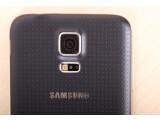 Bild: Das Galaxy Note 4 soll den Fingerabdruckscanner des Galaxy S5 (Bild) erhalten.