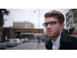 Bild: Google Glass wird man ab sofort auf britische Straßen sehen.