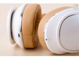 Bild: Hightech, kabellos: Der Samsung-Kopfhörer lässt sich per Gesten steuern, überträgt Musik kabellos. Und er klingt ziemlich gut.