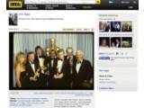 """Bild: H.R. Giger (2. v. rechts) bei der Oscar-Verleihung 1980: Für seine Arbeit an """"Alien"""" erhielt er den Filmpreis in der Kategorie """"Visuelle Effekte""""."""