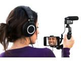 Bild: MXL bringt mit dem Mobile Media Videographers Essentials Kit MM-VE001 eine Halterung samt Mikrofon auf den Markt, das anspruchsvolle Videoproduktion mit dem Smartphone ermöglichen soll.
