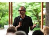 Bild: Der neue Microssoft-Chef Satya Nadella baut das Unternehmen um.