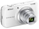 Bild: Mit der neuen Nikon Coolpix S810c lassen sich Fotos direkt nach der Aufnahme berarbeiten und veröffentlichen.