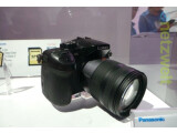 Bild: Der Prototyp der Panasonic Lumix DMC-GH4 wurde erstmals auf der CES 2014 öffentlich präsentiert.