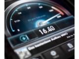 Bild: Schnelles Internet im Auto: Vodafone hat einen LTE-Stick fürs Fahrzeug entwickelt.