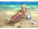 Bild: Sommer, Sonne, Sand - aber keine Steckdose. Doch es gibt Möglichkeiten, die Energiekriese im Urlaub abzuwenden.