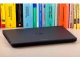"""Bild: Studentenfutter: Schüler und Studenten haben keine Wahl. Ihnen wird dieses Dell-Notebook wahrscheinlich ohne Mitspracherecht zum """"Fraß vorgeworfen""""."""
