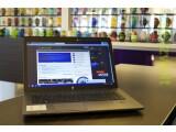Bild: In Zeiten immer flacher, leichter und dünnerer Ultrabooks wirkt das mehr als ausgewachsene ProBook von HP fast schon wie ein Dinosaurier.