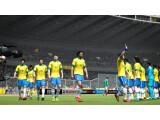 Bild: Zumindest die brasilianische Nationalmannschaft werdet ihr auch in FIFA 15 weiterhin spielen können - das Bild zeigt FIFA 14.
