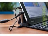Bild: Zusammen mit der Tastatur-Hülle lässt es sich mit dem Toshiba eXcite Pro auch unterwegs arbeiten.