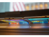 Bild: Zwei mal ziemlich bunt: In New York präsentierte Samsung erstmalig die neue Tablet-Reihe Galaxy Tab S. Das Modell ist mit 8,4 oder 10,5 Zoll großem AMOLED-Bildschirm erhältlich.