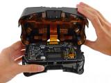 Bild: Die zweite Entwicklerversion der Oculus Rift lässt sich leicht aufschrauben.