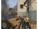 Bild: Ein Soldat geht in die Luft: Call of Duty 2 weist die größte Handgranantendichte in der Unterhaltungssoftwaregeschichte auf. Ein grafisches Handgranaten-Warnsystem ist die logische Konsequenz.
