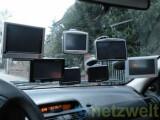 Bild: Portable Navis lassen sich per Saugnapf-Halterung leicht an der Windschutzscheibe befestigen.