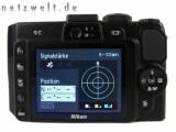 Bild: Die Nikon Coolpix P6000 zeigt die GPS-Signalstärke der letzten Aufnahmen an.