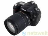 Bild: Die Spiegelreflexkamera D90 von Nikon nimmt Filme und Fotos in beeindruckender Bildqualität auf.
